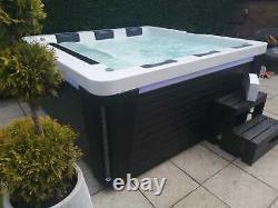 New Palm Spas Elise Luxury Hot Tub Spa 6 Seats American Balboa Music Led Lights