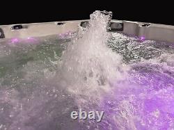 New Palm Spas Manhattan Hot Tub Spa Seat 6 Person Music Lights Lounger 32amp