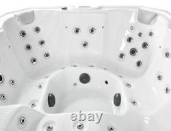 New Palm Spas Venezia Luxury Hot Tub Spa 6 Seat Canadian Gecko Music Led Lights